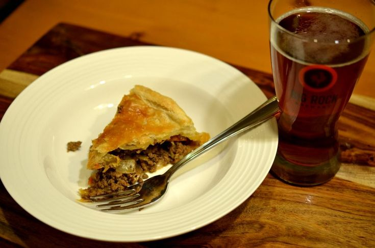 [ Meat Pie Recipe ]  A hearty meal for a winters evening. #cookingwithbeer #easyrecipe