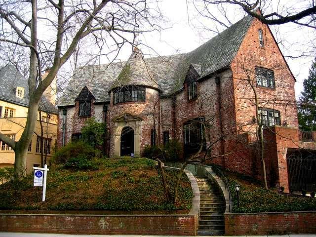 Η ιστορική γειτονιά Kalorama στην Ουάσιγκτον και οι διάσημοι ένοικοί της