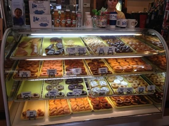 #TatoNut is more than just doughnuts... they are THE doughnuts to get while on the #MSGulfCoast! With classics like chocolate glazed and delicious surprises like their applesauce doughnut... you just can't go wrong here. Stop by downtown #OceanSprings and grab you some heaven.