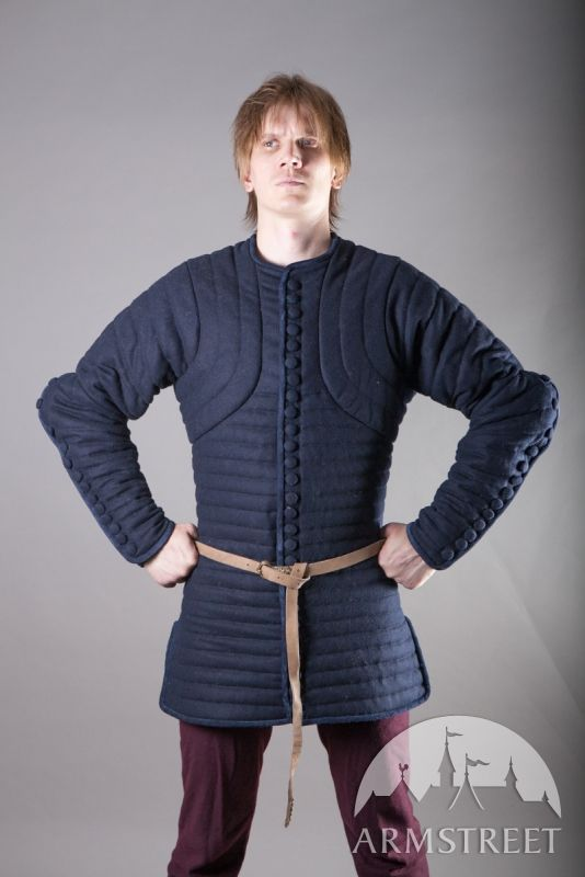 Gambeson Underarmor Woolen Pourpoint - Would this might be too long to wear with the Cuthbert legs?