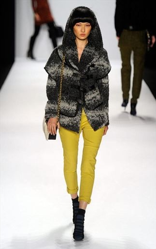 Rebecca Minkoff's comfy look for fall 2012. Check the board for a more budget-friendly recreated outfit.