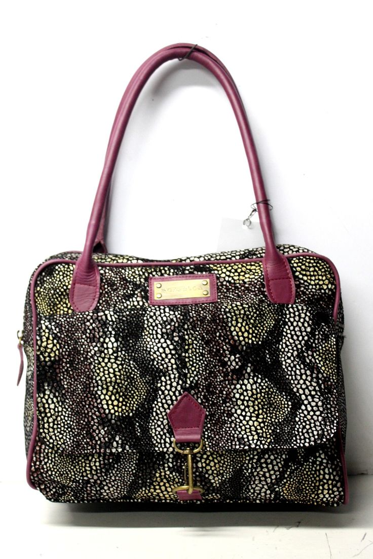 CARTERA GRANDE ART. 1707 DOBLE MANIJA CON BOLSILLO AL FRENTE Y DOBLE CIERRE, COLOR FAN BORDO ANIMAL NEGRO CON BORDO