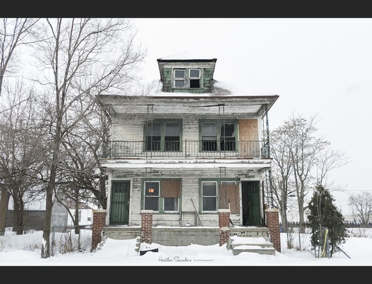 Since 2005, more than one in three Detroit properties have been foreclosed, turning some of this city's neighbourhoods into what seem like ghost towns. But