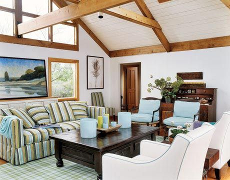 Water Colors: Cottages Living Rooms, Ceilings Beams, Decor Ideas, Beaches House, Living Rooms Design, Country Living, Farmhouse Style, Beaches Living, Bright Colors