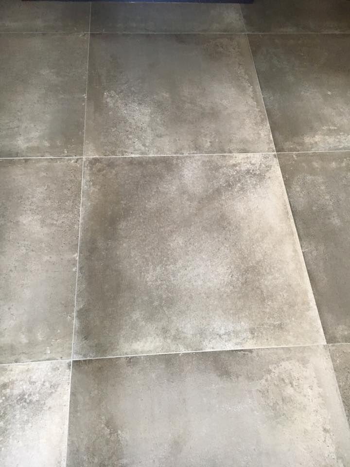 Taupe kleur betonlook tegel