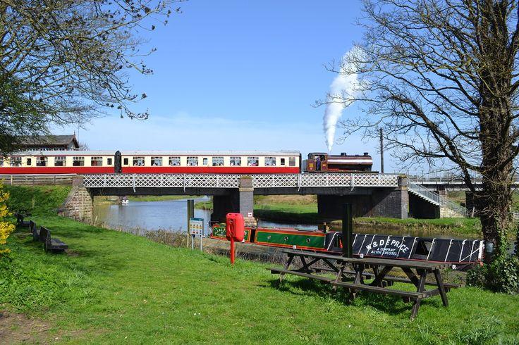 No. 22 Crossing Wansford Bridge © Angie Nurse