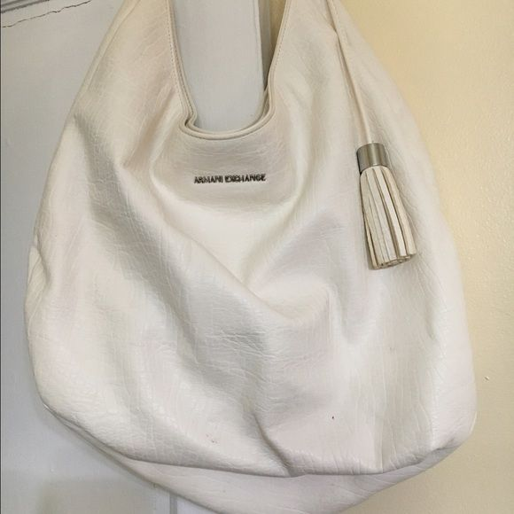 Armani exchange white tote.. Great condition Armani exchange tote, nice bag  , matching shoes also listed, Authentic great condition A/X Armani Exchange Bags Shoulder Bags