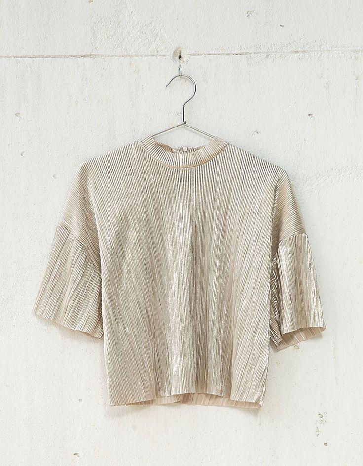 T-shirt métallisé plissé - Nouveautés - Bershka France