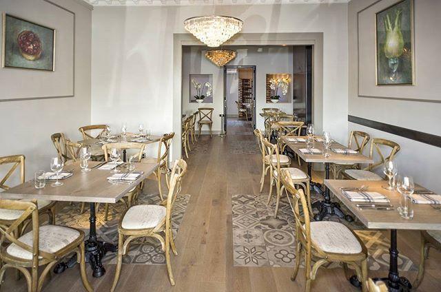 Sneak peek at new Paris Butter @parisbutter restaurant in Herne Bay. Gorgeous Sandstone Oak flooring and tabletops from @forteflooring. Interior design by Olga Skorik of Ermitage Design @olga_ermitage #forteflooring #restaurant #dining #food #eat #french #finedining #hernebay #newzealand #nz #frenchoak #oak #luxury #flooring #woodfloors #wood#timber #timberfloor #picoftheday #interiordesignnz #interior #interiordesign #interiors #interiorstyle #crystal #chandelier #bentwood #bentwoodchair
