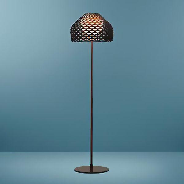 Tatou F Modern Floor Lamp looks elegant and sophisticated in black.