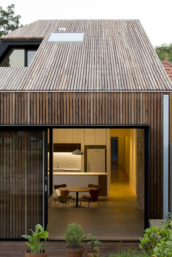 Cut-away Roof House by Scale Architecture (via Lunchbox Architect)