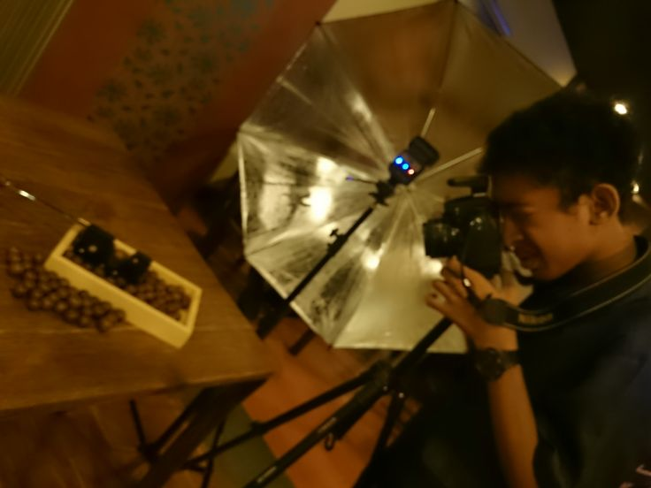 behind the scene photo product for rollaas cafe