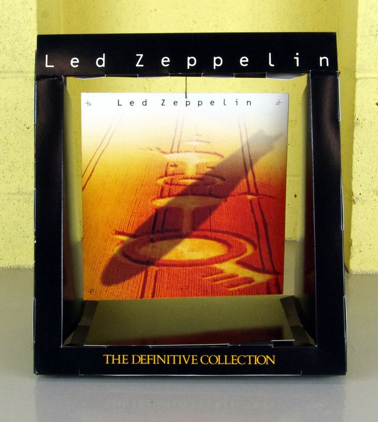 """Led Zeppelin Remasters 1990 Cardboard Display 15"""" Tall w/ 36 Page Color Booklet"""
