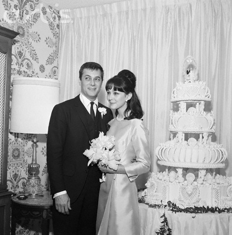 Tony Curtis and Christine Kaufmann, 1963