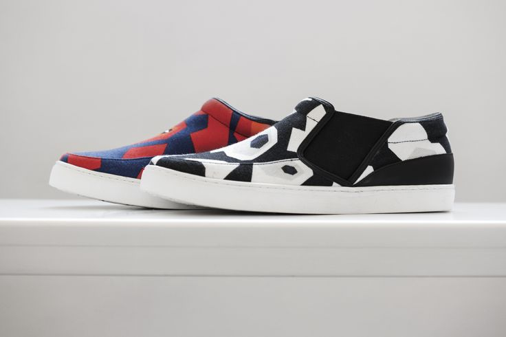 JIL SANDER NAVY Resort 2015 Collection. Slip-on Pattern Shoes. Stylistically youthful, the Resort 2015 collection proves to function as a curated wardrobe with an array of classic interchangeable pieces.  #jilsander #navy #jilsandernavy #resort2015 #collection #fashion #shoes