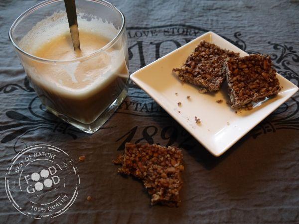 Chocoknabbels met hennepzaad | Food is Good