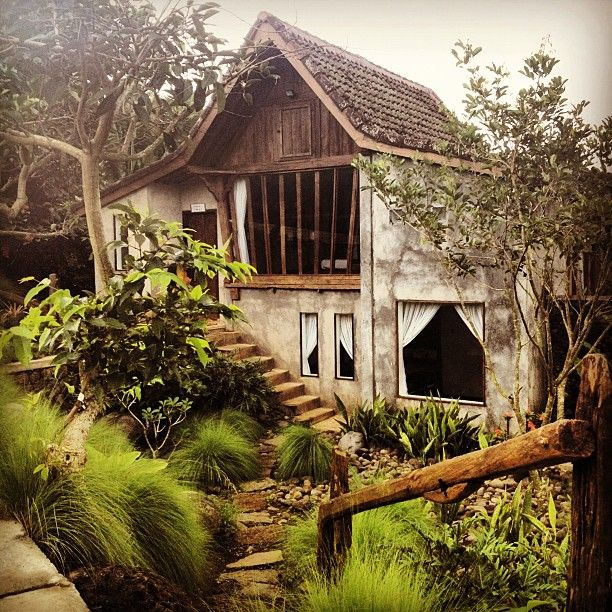 Villa at Kampung Lumbung, heavenly retreat. I've been there... Such wonderfull