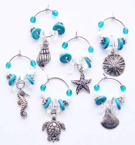 Beachy wine charms. Via FB: https://www.facebook.com/floridabeachdweller/photos/a.531535356996874.1073741828.531330783683998/569062629910813/?type=3&theater