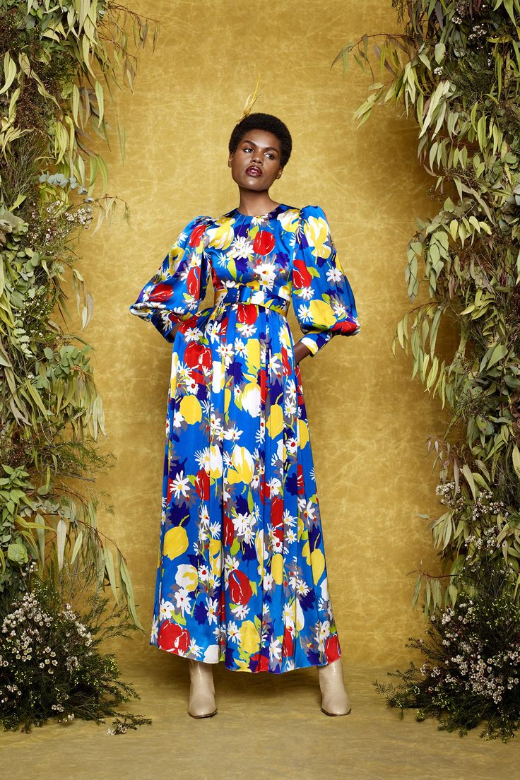 See the complete Duro Olowu Fall 2017 Ready-to-Wear collection.