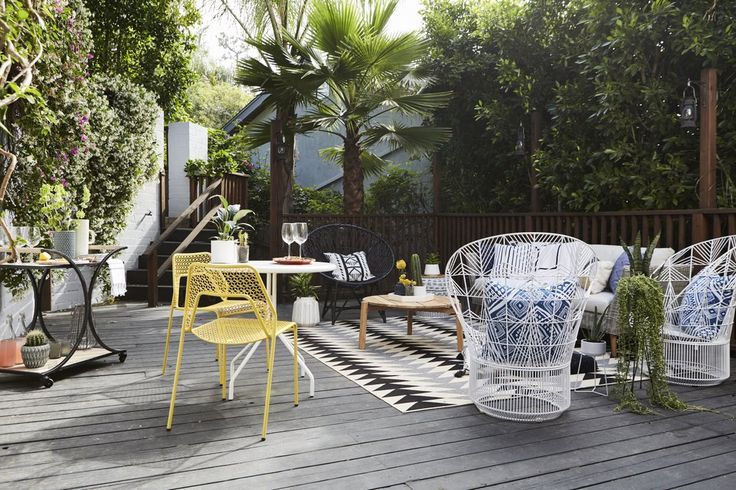 You're Going to Want to Copy Every Inch of Jamie Chung's Backyard Oasis