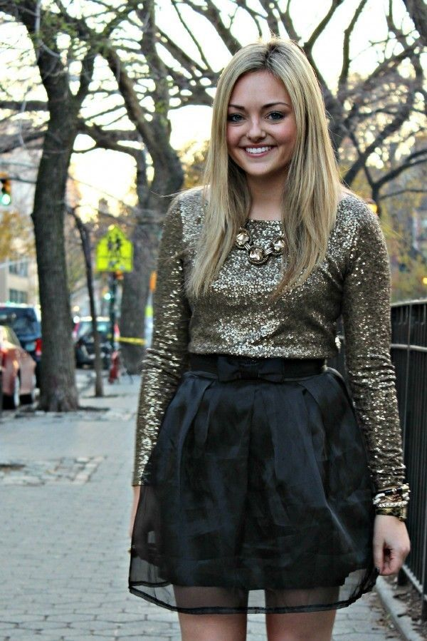 Golden Sequin Full Sleeves Top Paired With Black Mini Skirt And Awesome Necklace