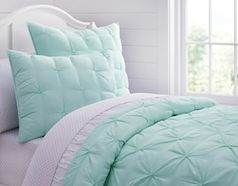 Mint Pottery Barn Kids bedding http://rstyle.me/n/wtdy6bna57