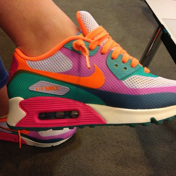 nike shoes 75% offers synonyms for different words that mean lov