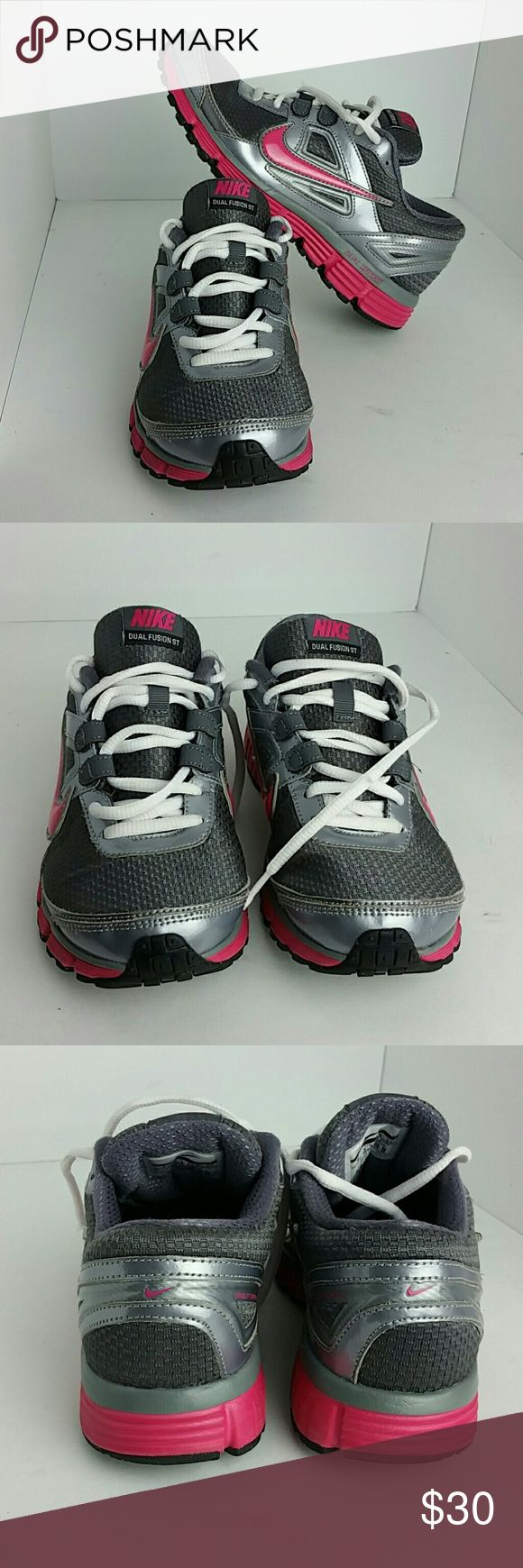 NIKE DUAL FUSION ST WOMEN SHOES VERY CLEAN INSIDE-OUT   SKE # Ku4 NIKE Shoes Athletic Shoes