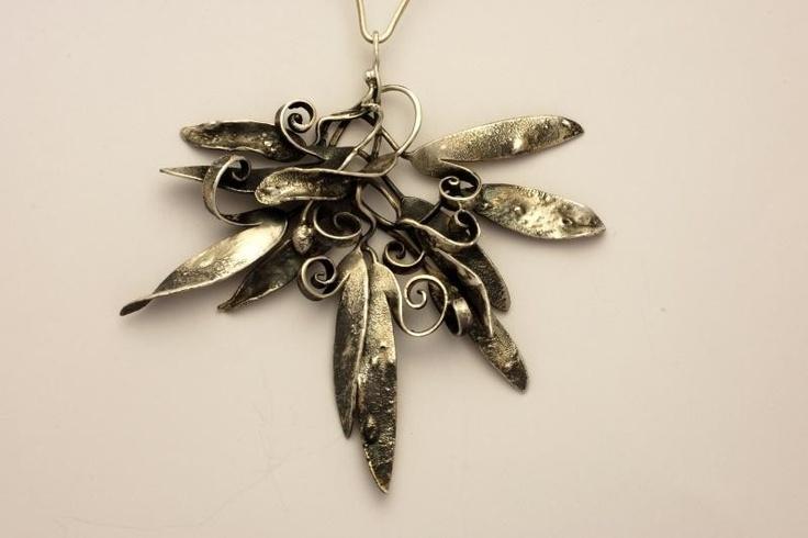 Umělecké šperky - Stříbrná souprava v romantickém stylu - Náušnice, prsteny a náhrdelníky