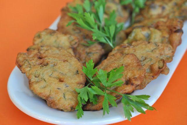 Pão e Beldroegas: Pataniscas de Feijão Verde