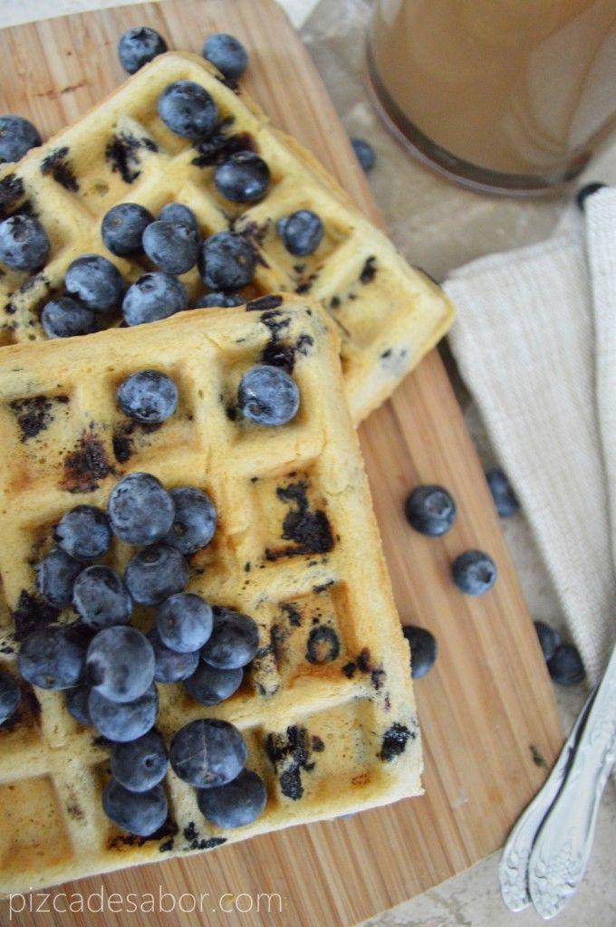 Waffles sin gluten y sin lácteos www.pizcadesabor.com. puede reemplazar azúcar por splenda o stevia