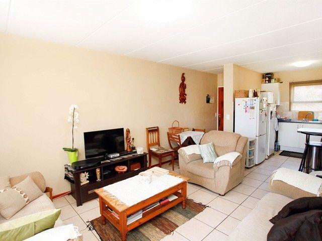 2 Bedroom House For Sale in Parkrand | Kingstons Real Estate