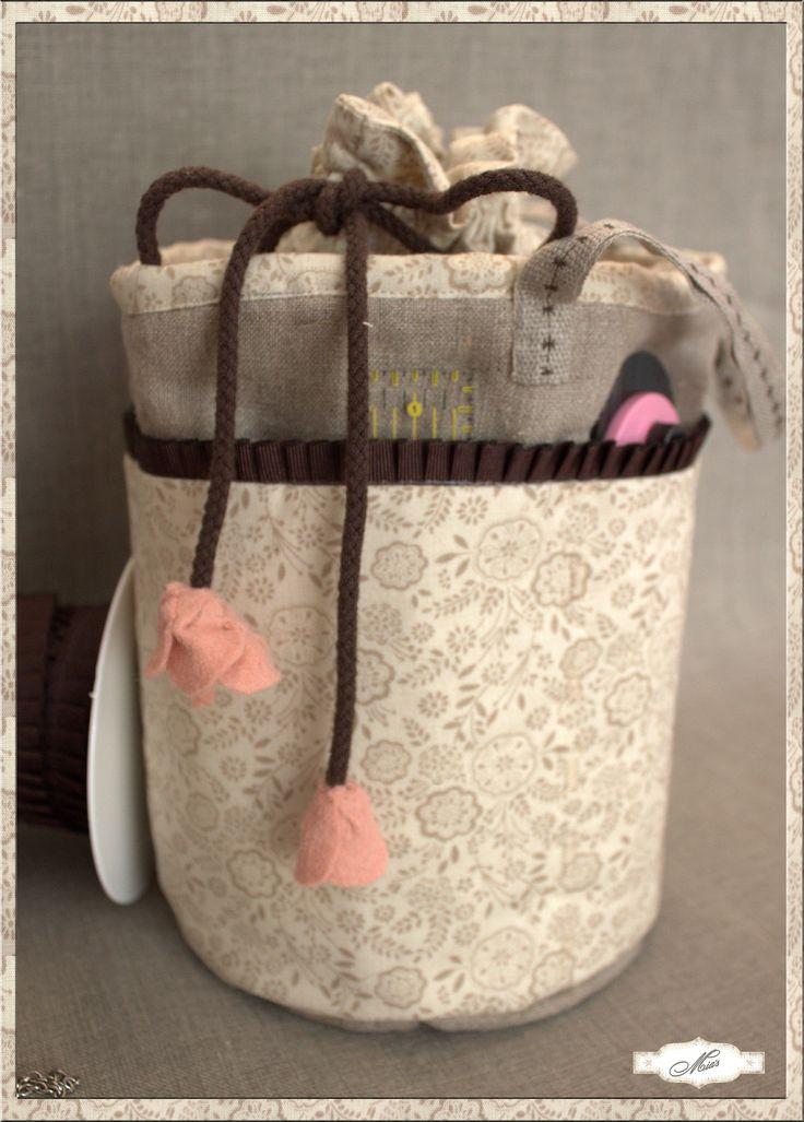 Mia´s patch: Una bolsita de costura para mi.