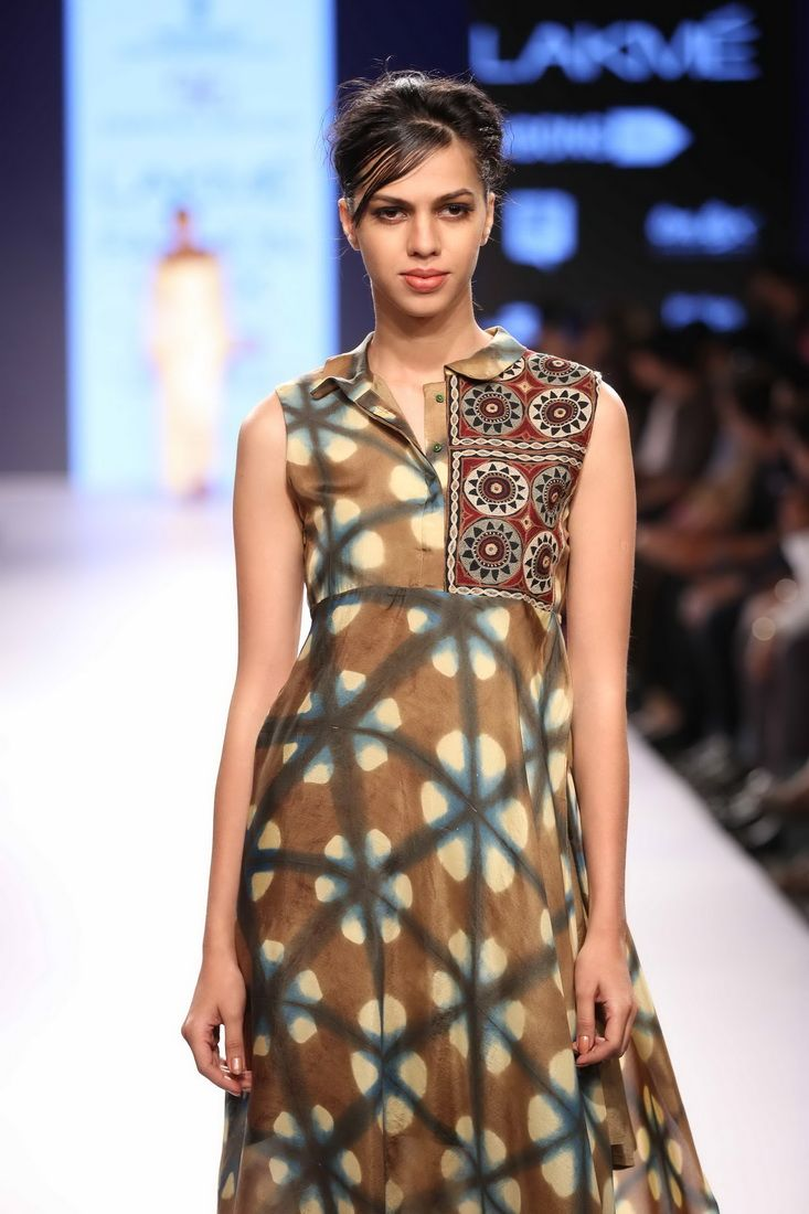 Lakmé Fashion Week – DEEPIKA GOVIND AT LFW SR 2015 #tiedye #bohochic
