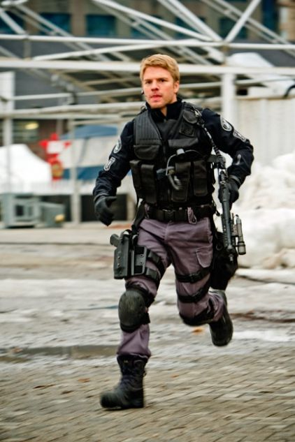 ION Television | Photos | Flashpoint