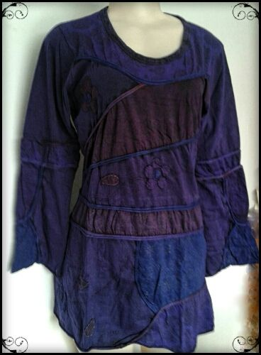 Paneled Long sleeve Top. Looks good on all figures, stretch fabric, long enough to go with leggings