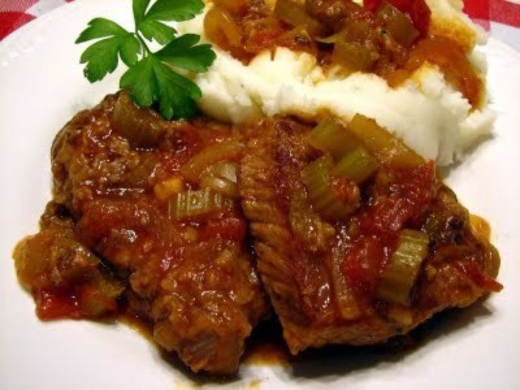 Yoder's Swiss Steak: Swiss Steaks Recipes, Crock Pots, Mashed Potatoes, Crockpot, Beef, Maine Cour, Meat Loaf,  Meatloaf, Slow Cooker