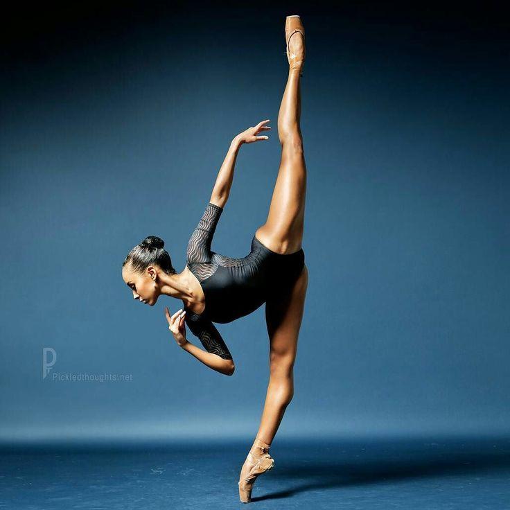 <<Jolanda Kühne Staatliche Ballettschule Berlin Berlin State Ballet School # Photographer Dean Barucija – PickledThoughts>>