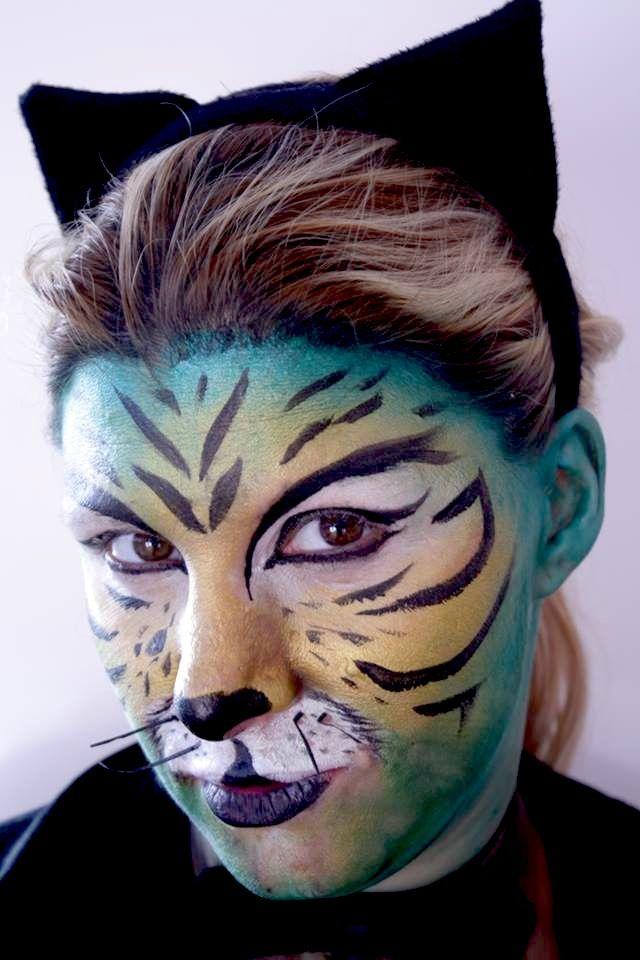 Makeup artist: Sara Marcus