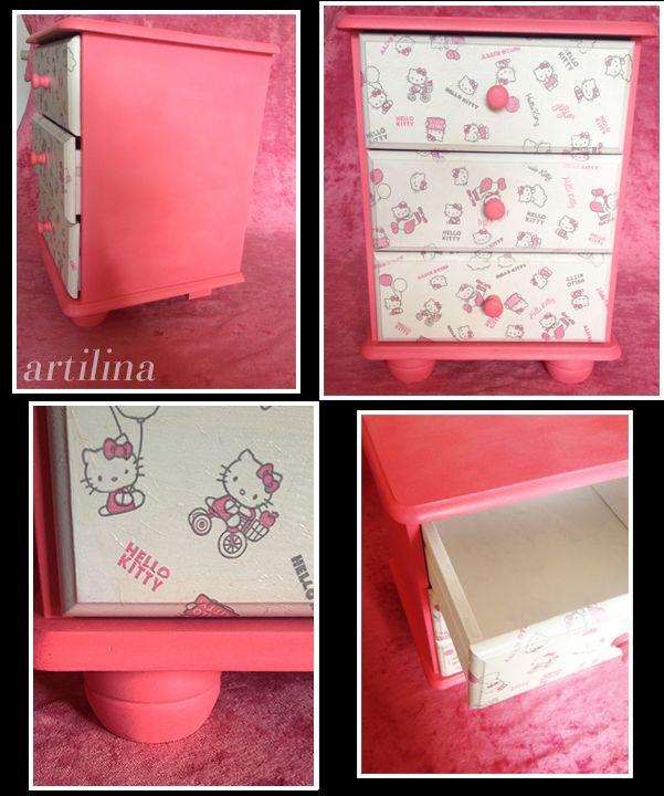 """Hand beschilderd en gedecoreerd nachtkastje """"Hello Kitty"""" Te koop voor € 100,-"""