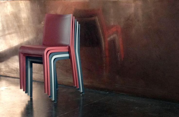 Pepe d'Acqua Restaurant Bistrot, Pesaro Italy Nassau chair design Marc Sadler