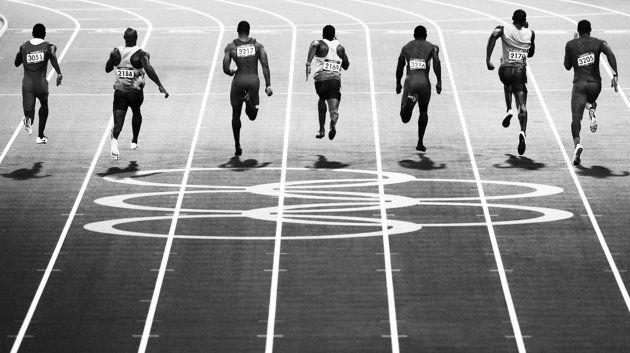 Le festival de lanternes de Yi Peng, en Thaïlande (Ng Chai Hock, Singapour)  Une écolière à Marrakech (Daniel Duart, Espagne)  Finale du 100 mètres des Jeux Olympiques de Londres, avec Usain Bolt, deuxième coureur en partant de la droite (Adam Pretty, Australie)