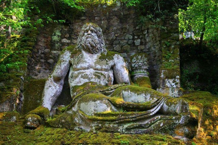 Парк «Парк монстров» (Parco dei Mostri) или «Священный лес» (Sacro Bosco), Бомарцо, Италия