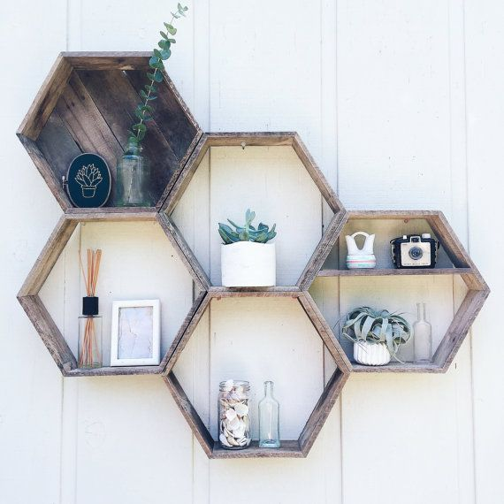 5 Hexagon Shelves// Pallet Shelf// Reclaimed Wood// Pallet Art// Pallet Wood…
