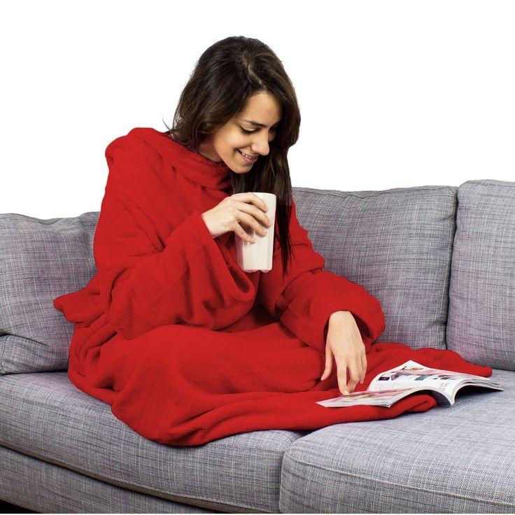 Sowohl zuhause als auch im Zug oder im Flugzeug ist die Hugz-Decke mit Ärmelndie beste Voraussetzung dafür, abschalten und entspannen zu können. Damit genießt man kuschelige Wärme, ohneuneingeschränkte Armfreiheit aufgeben zu müssen. Ein tolles Geschenk für alle, die gern gemütlich fernsehen oder lesen – in 5 verschiedenen Farben und mit oder ohne Wunschbestickung!
