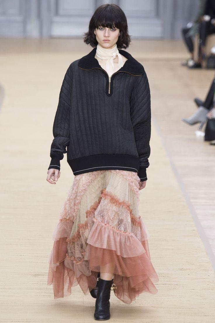 Chloé Fall 2016 Ready-to-Wear Fashion Show - Ellen de Weer