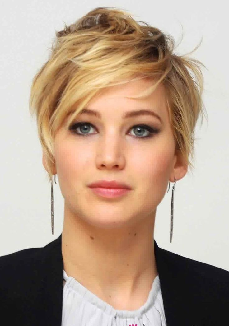 Celebrity Hairstyles: Jennifer Lawrence Short Messy Hairstyle With ...
