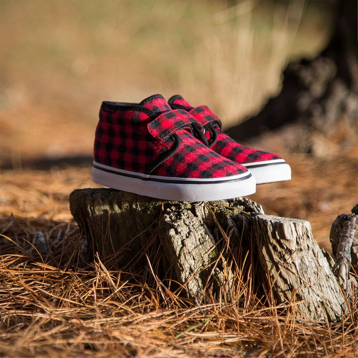 Let the adventures run wild with the new Plaid Kids Vans sneakers. http://www.shoeconnection.co.nz/products/VAI8VA6C7A8