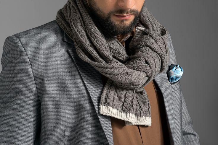 Już za niedługo modne dodatki do Twojego stylowego outfitu. Obserwuj naszą stronę i oczekuj na to co Cię będzie grzać tej jesieni/zimy.  #men #fashion #mensfashion #style #outfit #polish #brand #moda #meska #styl #polska #marka #jfryderyk #j #fryderyk #jesien #autumn #2015