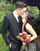 Shenae Grimes' Black Wedding Dress: 90210 Star Chooses Vera Wang!    Read more: http://www.usmagazine.com/celebrity-style/news/shenae-grimes-black-wedding-dress-90210-star-chooses-vera-wang-2013105#ixzz2SwjuIUQd   Follow us: @usweekly on Twitter | usweekly on Facebook